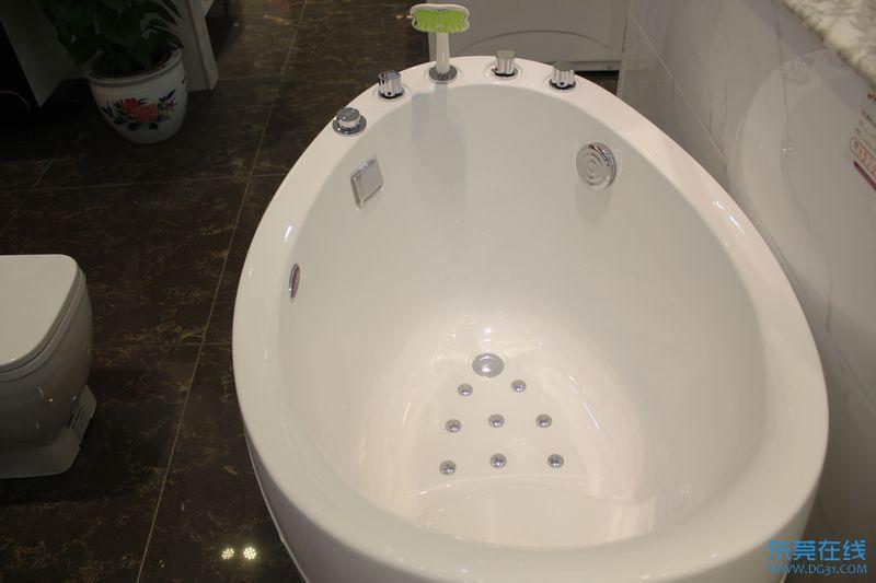 箭牌 AQ1202TQ 浴缸图片